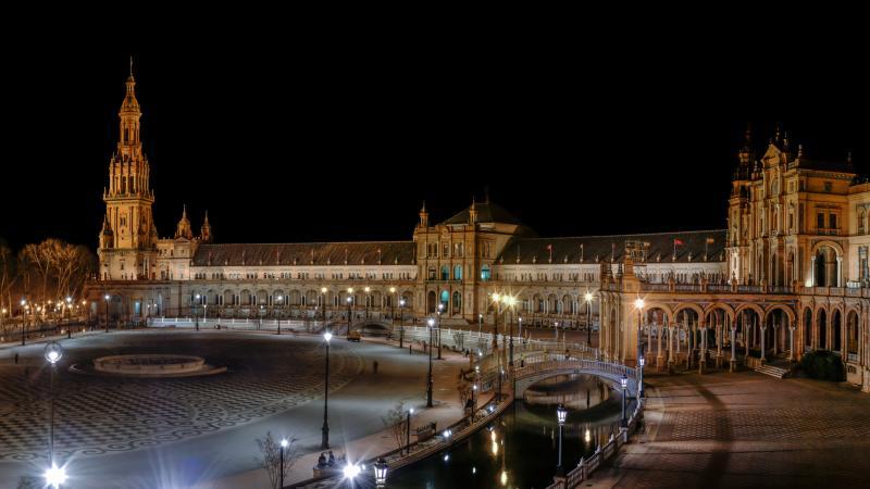 Noche Sevillana + Cena a la Carta