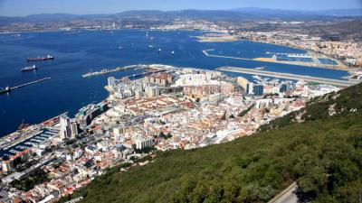 Gibraltar, Mezcla de Culturas y Shopping. - Andalsur